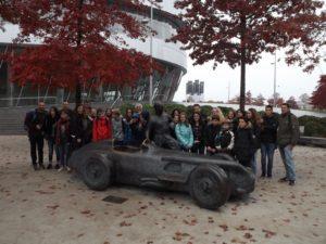 Hochinteressant war das Mercedes Museum